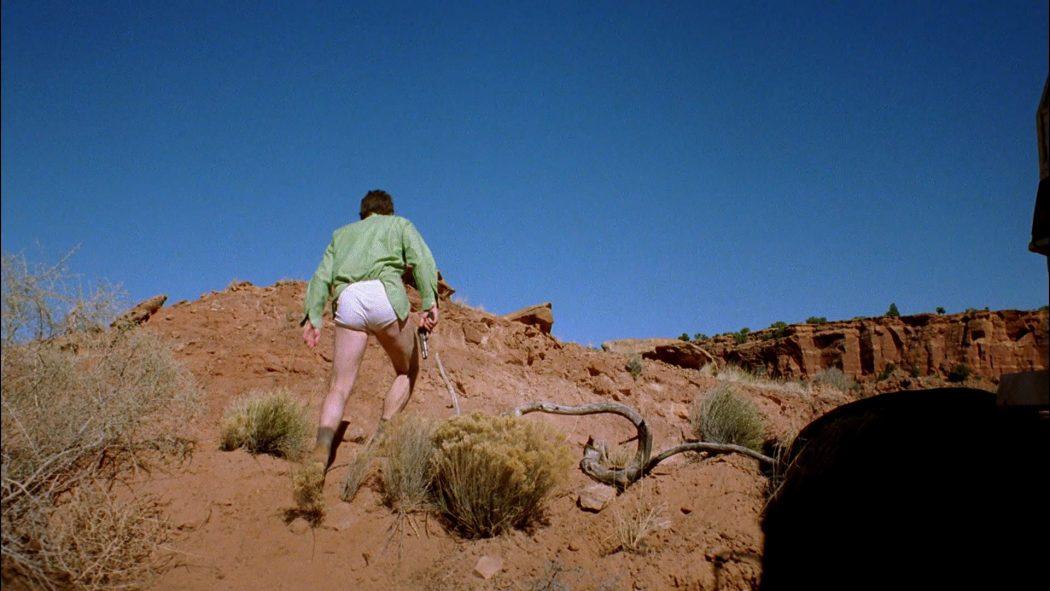 Walter seguindo para a estrada do deserto