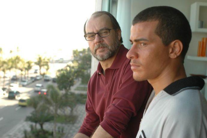 Evandro (Paulo César Grande) e Dé (Thiago Martins)