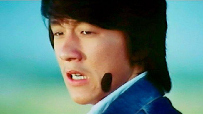Jackie Chan em início de carreira.