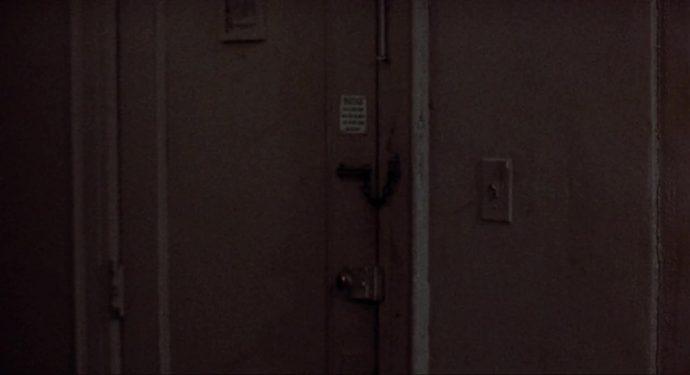 Uma porta fechada