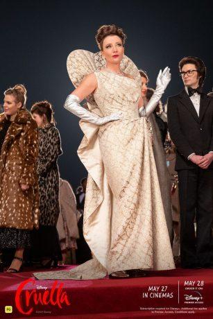 Pôster de divulgação do filme Cruella em que vemos Emma Thompson como Baronesa.